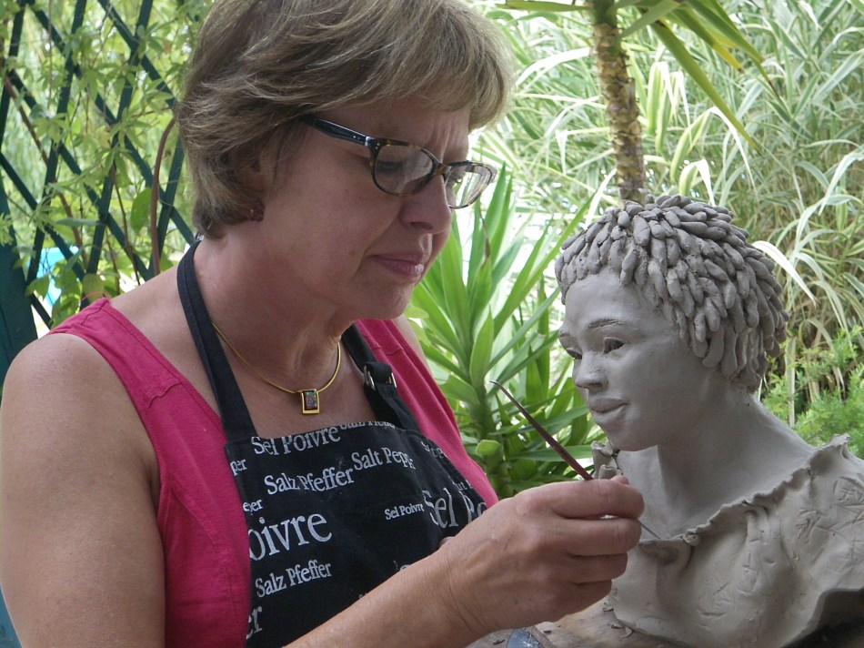 Michèle Larrat-Lejeune