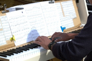 """22) Toujours en musique avec """"Pianomade"""""""